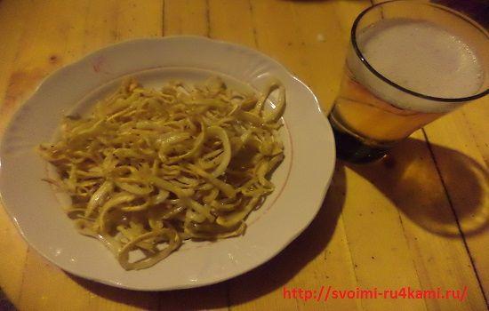 Закуска к пиву жареные кальмары готовы