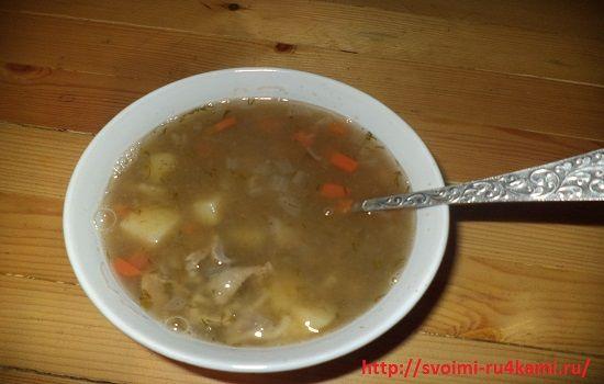 Суп из куриных желудков готов