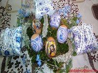 Пасхальные яйца украшенные декоративной пленкой